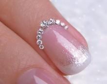 ブライダル ダイヤモンドネイル